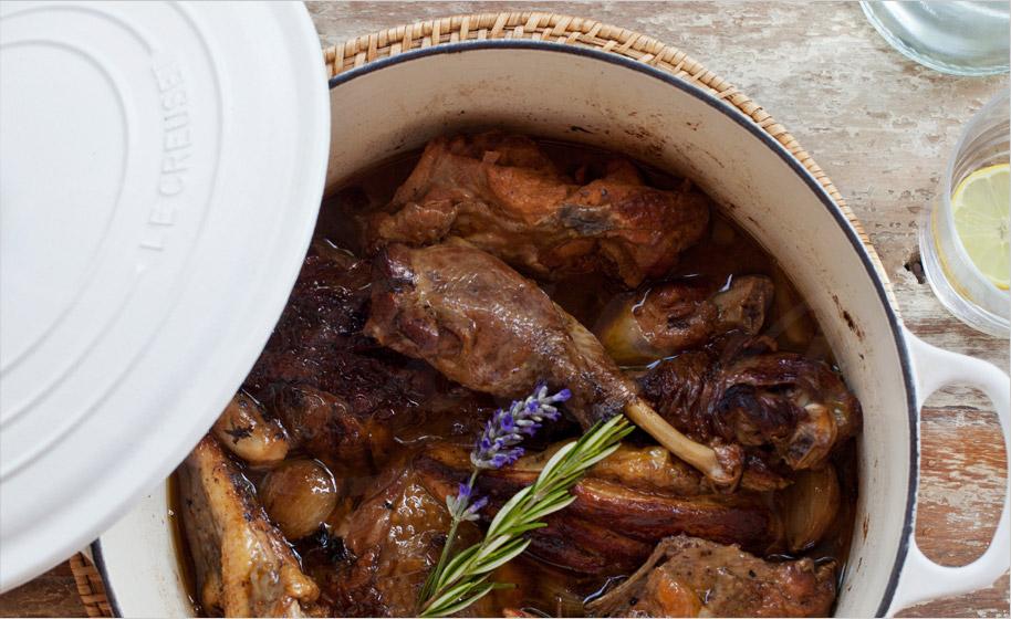 Cocinar con una cocotte de le creuset lecuiners - Cocinar en cocotte ...