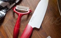 Corte primavera con el cuchillo pelador