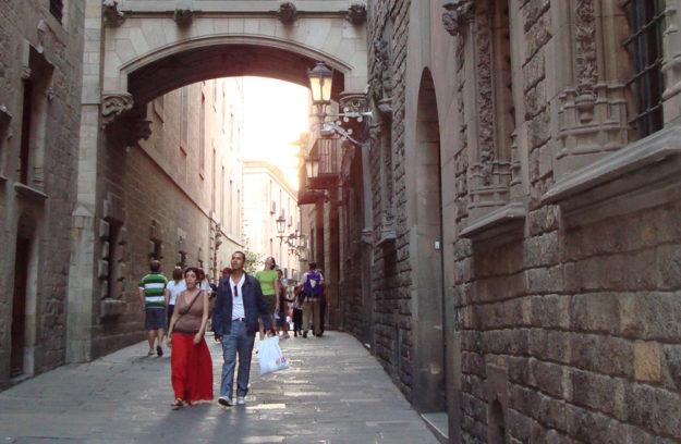 Paseando por las cuchillerias de Barcelona