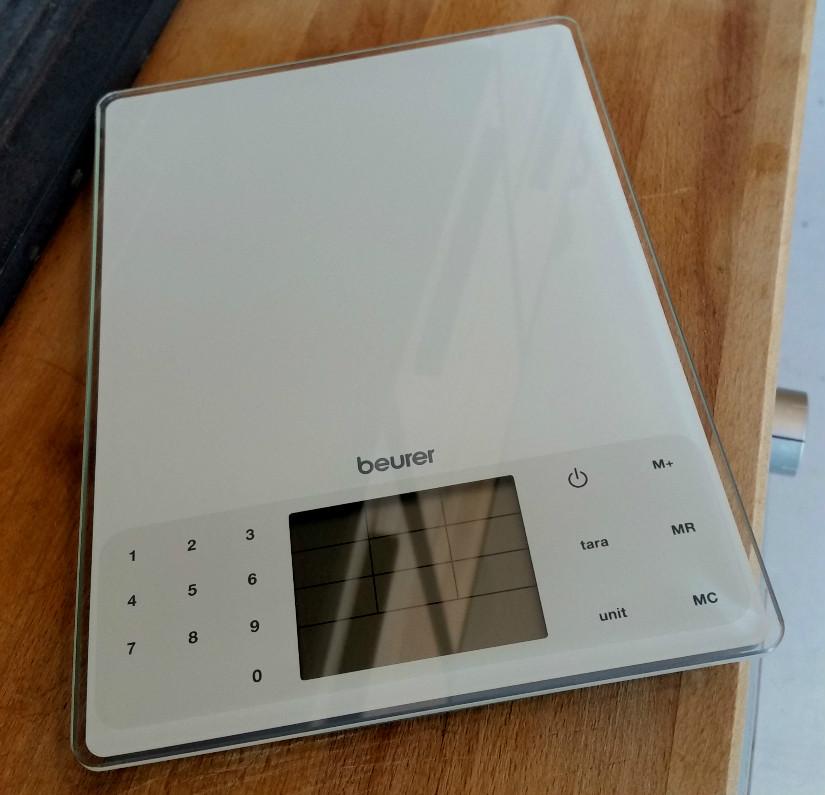 C mo escoger una b scula de cocina lecuiners for Basculas digitales para cocina