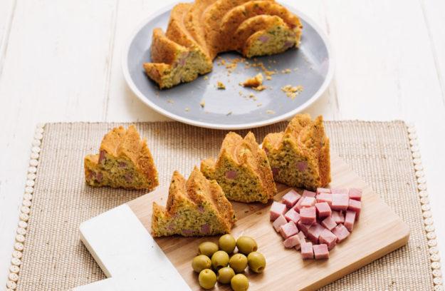 Bundt Cake salado jamón y aceitunas