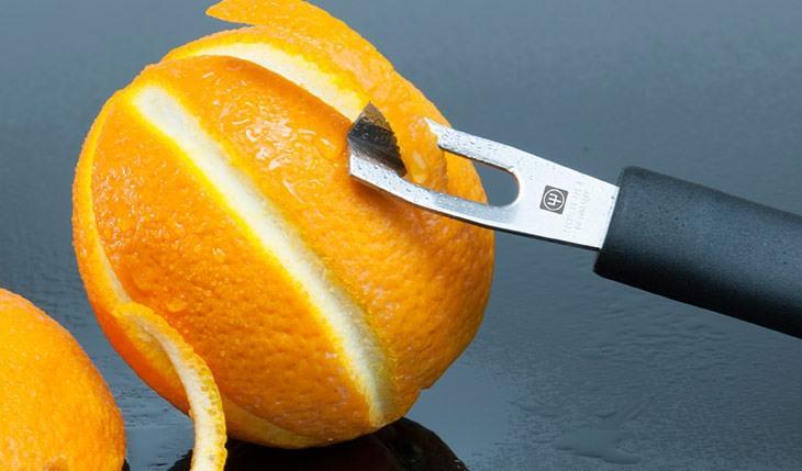 Cuchillo Wüsthof Silverpoint para pelar y decorar naranjas